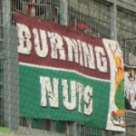 Burning Nuts (rot-grün)